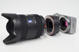 デジタル一眼カメラ「NEX-5」にマウントアダプターでAマウントのαレンズを活かす!
