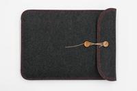 VAIOをスタイリッシュに持ち運ぶbuzzhouse製「handmade felt case」の全ラインナップ。