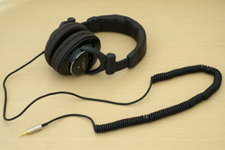 お気に入りのスタジオモニター用ヘッドホン「MDR-Z900HD」